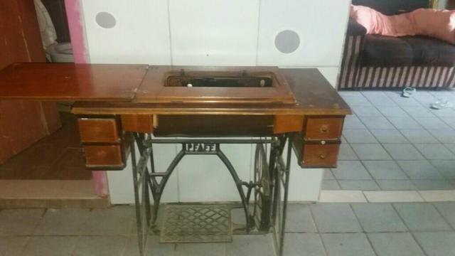 Máquina de Costura (Relíquia)