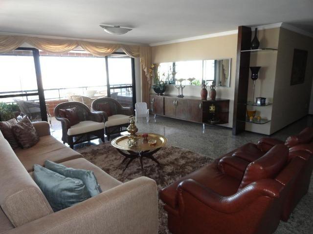 AP0145 - Apartamento 220m², 3 suítes, 4 vagas, Ed. Golden Place, Aldeota - Fortaleza-CE
