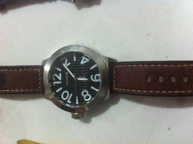 Relógio masculino robusto marca Titanium (raridade)