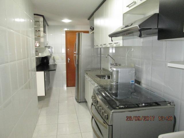 Excelente Apartamento duplex 3 quartos com armários, espaço gourmet e piscina - Foto 20