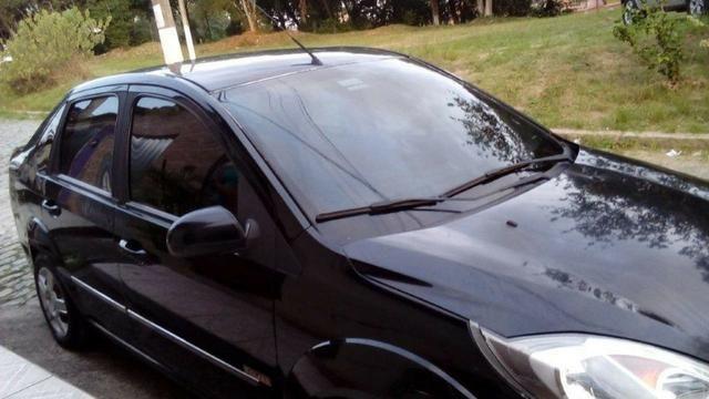Ford Fiesta Class Sedan 1.6 8v 2° dono - Foto 15
