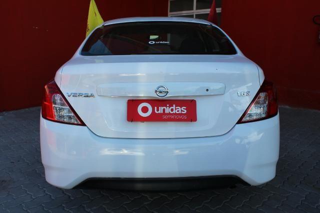 Nissan Versa 1.0 Conforto mec 17/18 ( - Foto 5