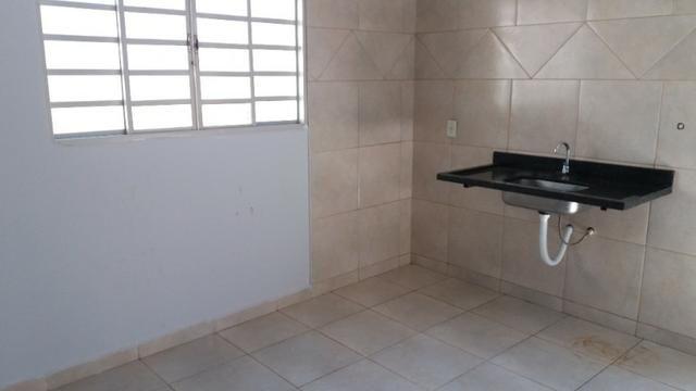 Casa Cidade Jardim, (Sudoeste) 3 quartos, mais 3 kitinets, prox. Uni-Anhanguera - Foto 16