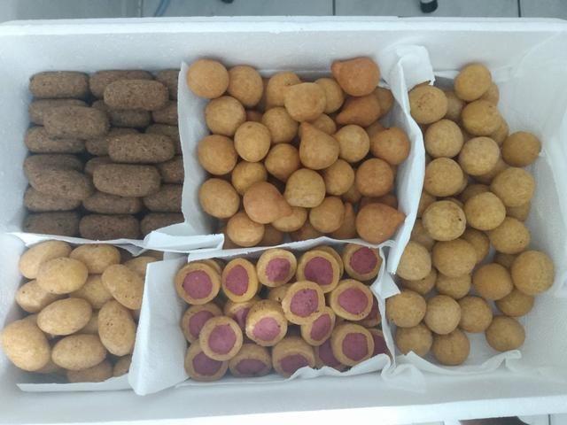 Aceitam-se encomendas de salgadinhos para festas A partir de 25 reais - Foto 2