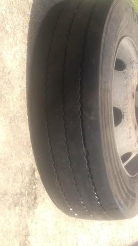 Vende se pneu de micro com completo - Foto 3