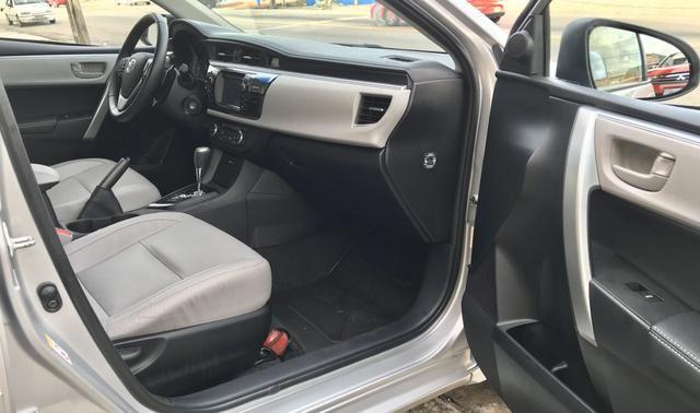 Toyota Corolla Xei AT 2.0 2015 - Foto 9