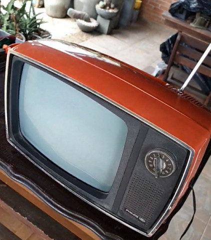 Antiga tv Philco Ford década 70 laranja vermelha original - Foto 6