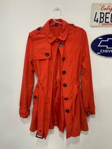 Trench coat laranja h&m  - Foto 2