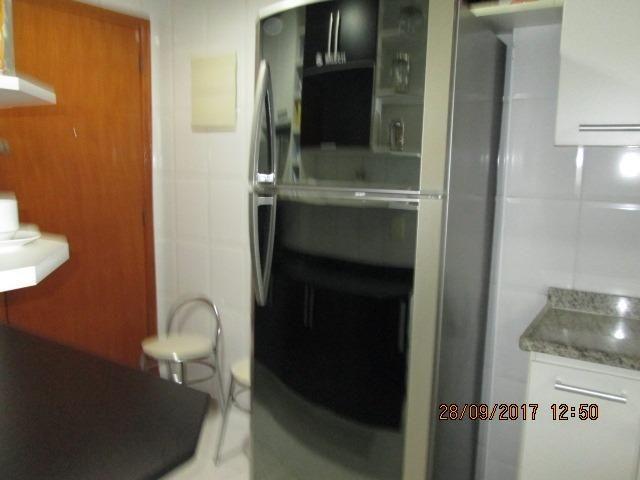 Excelente Apartamento duplex 3 quartos com armários, espaço gourmet e piscina - Foto 17
