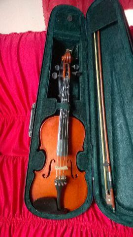 Violino semi novo 4/4