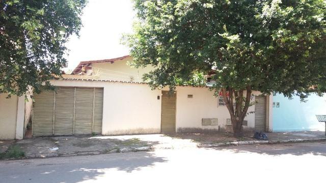 Casa Cidade Jardim, (Sudoeste) 3 quartos, mais 3 kitinets, prox. Uni-Anhanguera