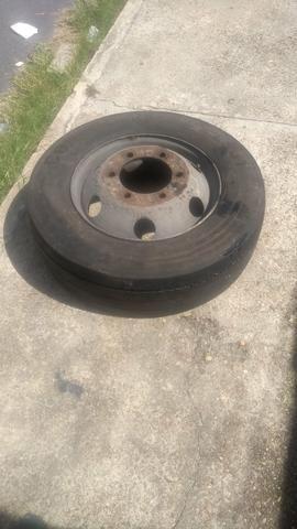 Vende se pneu de micro com completo - Foto 2