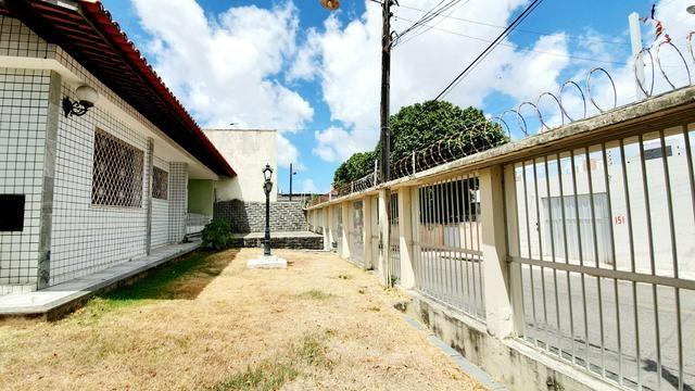 Casa Ponto para aluguel comercial na Parquelândia | 750m² de área total - Foto 7