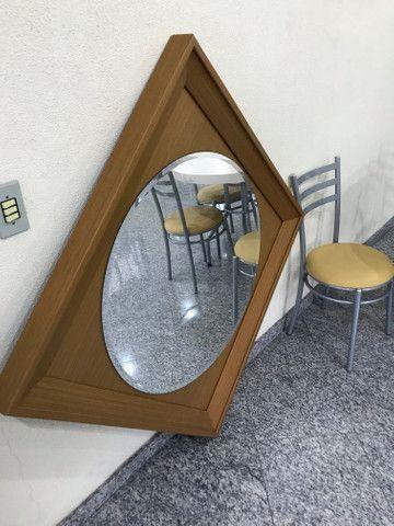 Espelho com moldura de madeira - Foto 4