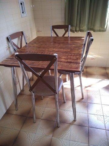 Mesa e 4 cadeiras a venda - Foto 2