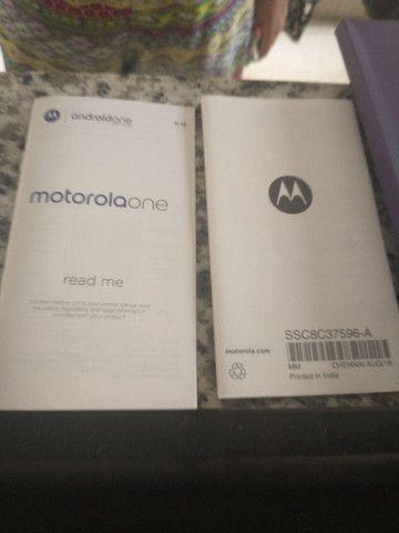 Caixa do Motorola one com todos os manuais - Foto 5