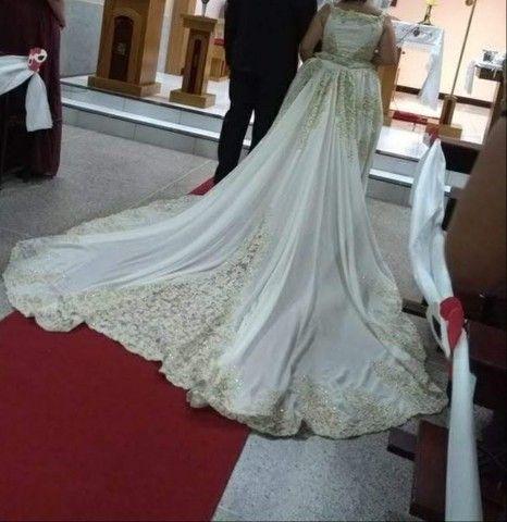 Vendo vestido de noiva e terno infantil completos os dois