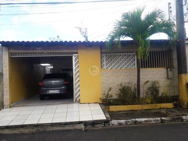 Casa a venda, condomínio Vila Verde, bairro Santo Agostinho, Manaus-AM