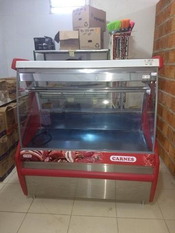 Freezer de carne com 1 metro e 50 de autura em estado de zero 2 mes de comprado