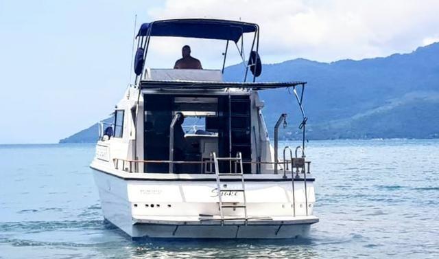 Lancha obra Capri 32 Fly - Barco de represa! Oportunidade única!! - Foto 5