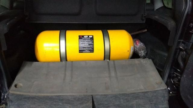 Pajero TR4 2012 automático, completo, GNV, 2° dono! - Foto 8