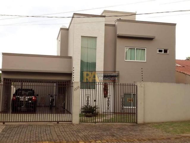 Sobrado com 4 dormitórios à venda, 390 m² por R$ 1.250.000,00 - Centro - Foz do Iguaçu/PR