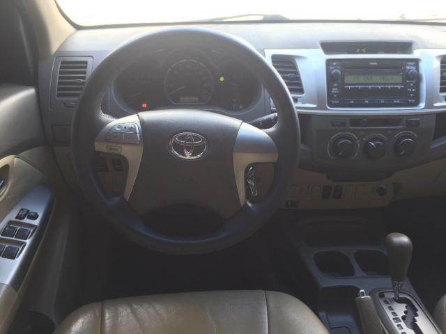 Toyota Hilux SW4 SR 4x2 2.7 Flex 16V Aut. - Foto 9