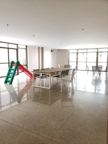 V-E-N-D-O - Bairro Calhau - 302 m2 - 4 Suites - Foto 8