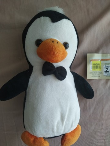 Pelúcia Pinguim nova aprox. 30 cm  - Foto 3