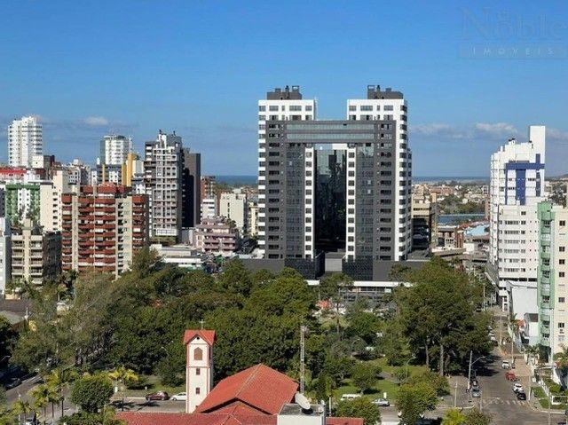 Mobiliado - Apartamento 02 dormitórios com suíte - Centro de Torres/RS  - Foto 13