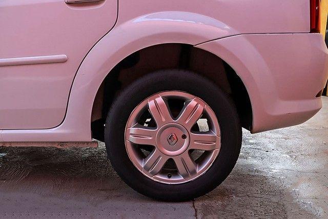 Renault Logan Expression 1.6 Branco - Foto 9