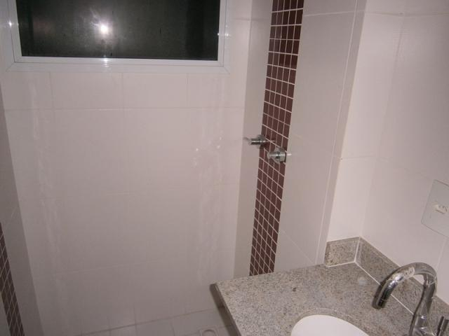 Vende apartamento de 2 quartos na Praia de Itapoã, Vila Velha - ES. - Foto 9
