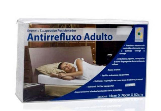 Travesseiro anti refluxo adulto