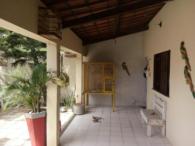 Vendo uma casa no Eusébio