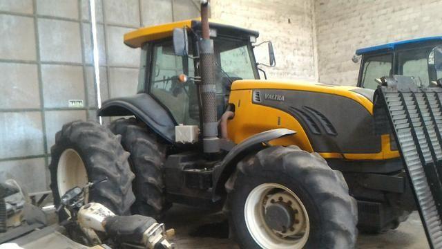 VENDO/TROCO Trator valtra bt 210 4x4 ano 15