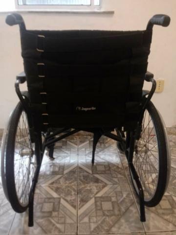 Cadeira de rodas 450,00 R$