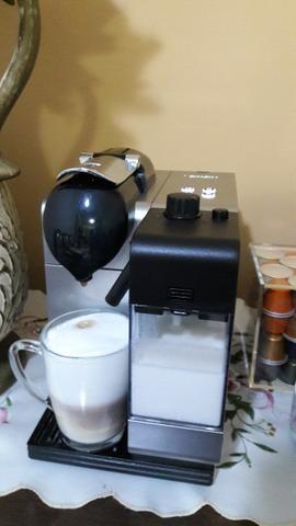 Cafeteira Nespresso Lattissima Plus 127v - Em Estado de Nova - Aceito Cartão de Crédito