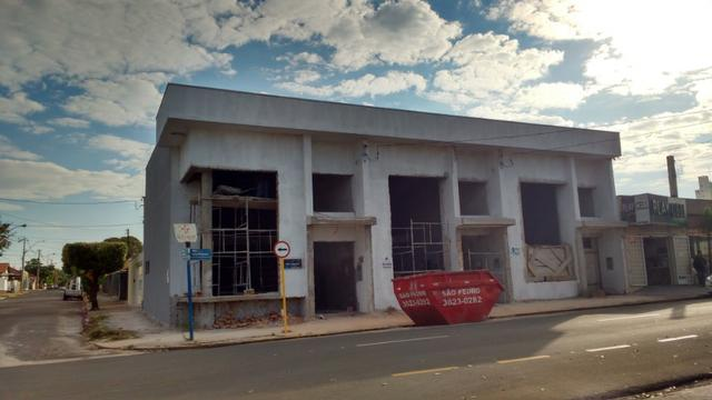 Salões em fase de acabamento no bairro: Higienópolis em Araçatuba