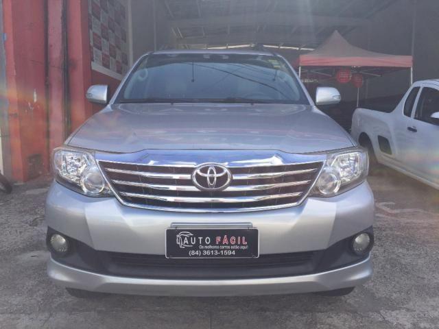 Toyota Hilux SW4 SR 4x2 2.7 Flex 16V Aut. - Foto 2