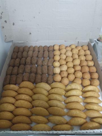 Aceitam-se encomendas de salgadinhos para festas A partir de 25 reais - Foto 3