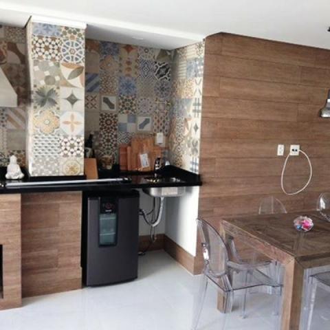 Assentamento de pisos de porcelanato e bancadas - Foto 4