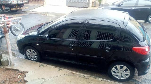 Peugeot 207 Flex ano 2010 completo