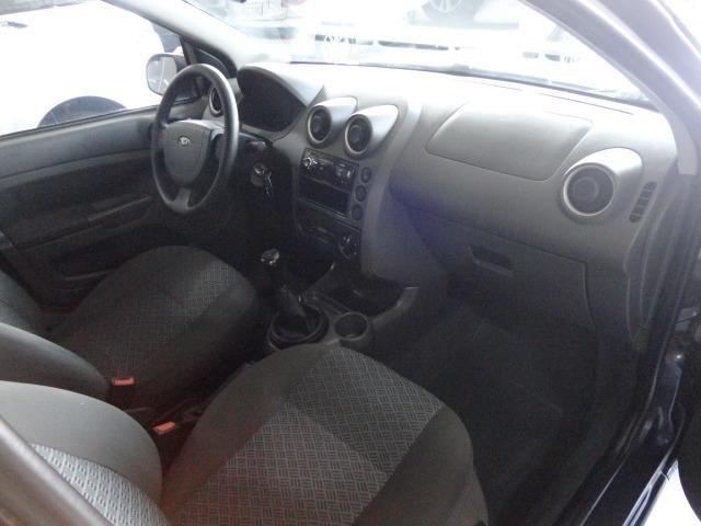 Ford Fiesta Sed. 1.6 Flex - Foto 8