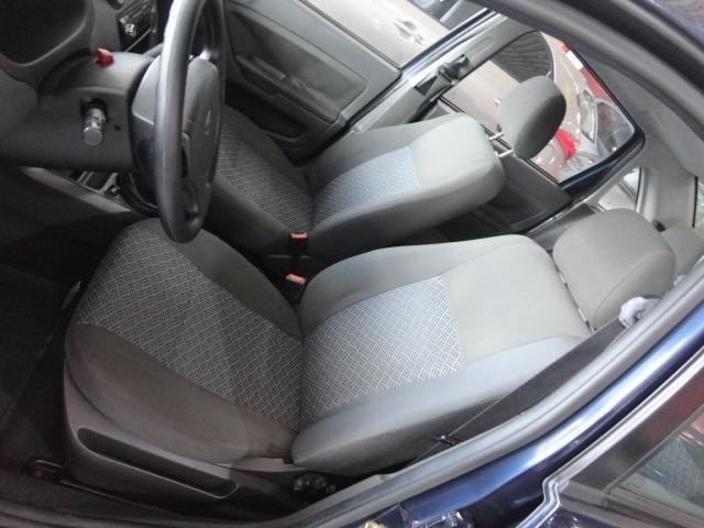 Ford Fiesta Sed. 1.6 Flex - Foto 10