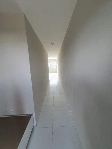 Apartamento 2/4, totalmente nascente, no francês - Foto 2