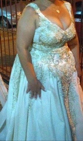 Vendo vestido de noiva e terno infantil completos os dois - Foto 2
