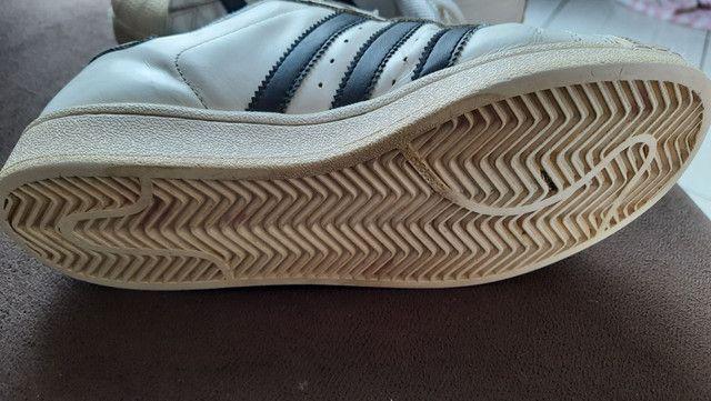 Tênis Adidas superstar usado.  - Foto 5