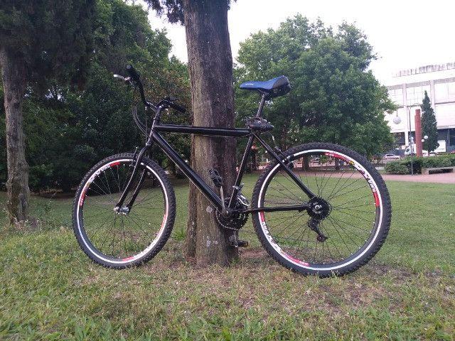 Bike Aro 26 recem montada rodas Aero todas as peças são novas esta sim tá valendo