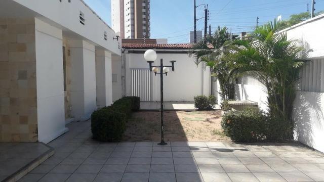Joaquim Távora - Casa Plana com 660m² com 5 quartos e 2 Vagas - Foto 3