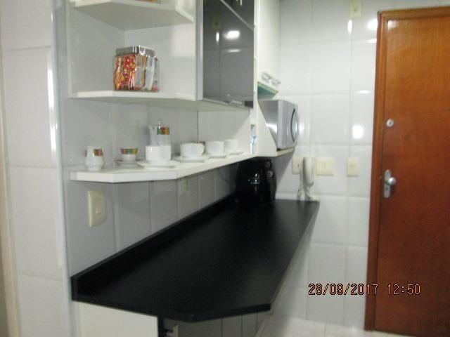 Excelente Apartamento duplex 3 quartos com armários, espaço gourmet e piscina - Foto 18